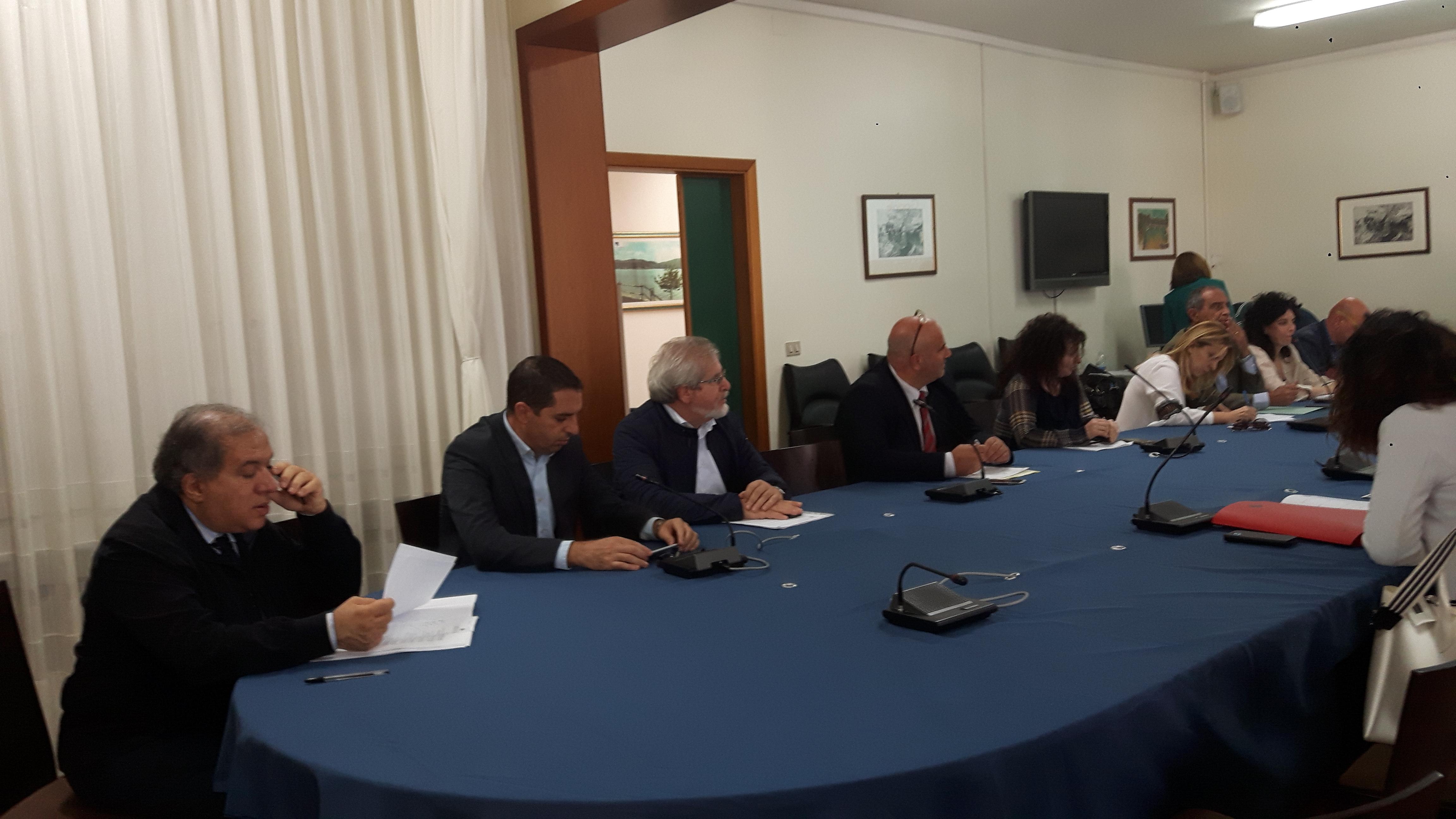 Conferenza di servizi presso la Prefettura di Crotone.